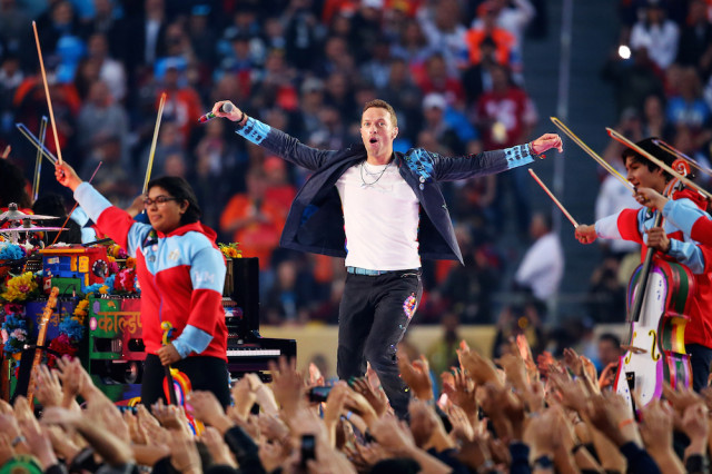 Photo of Coldplay, Bruno Mars & Beyonce rock the Super Bowl halftime show