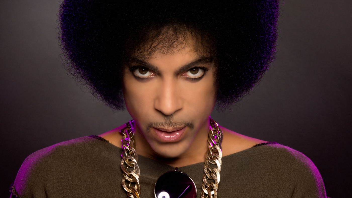 Photo of Legendary singer and pop icon Prince dead at 57-years-old