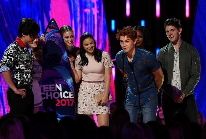 Photo of Star studded Teen Choice Awards given out over the weekend via live broadcast