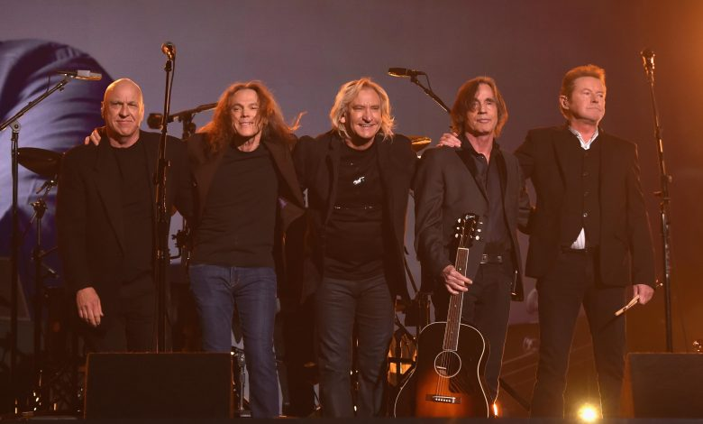 Photo of The Eagles Announce A Tour Date in Phoenix